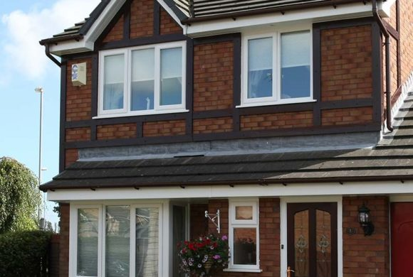 PVCu roofline with traditional detail